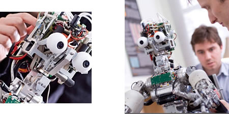 Robot iCub - Imagen del Imperial College London