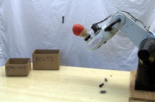 Brazo robótico de la Universidad de Cornell