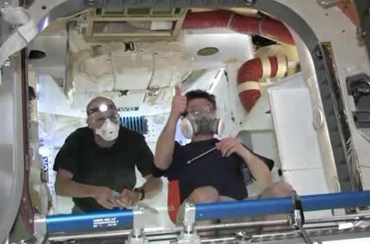 Astronautas en la Cápsula Dragon