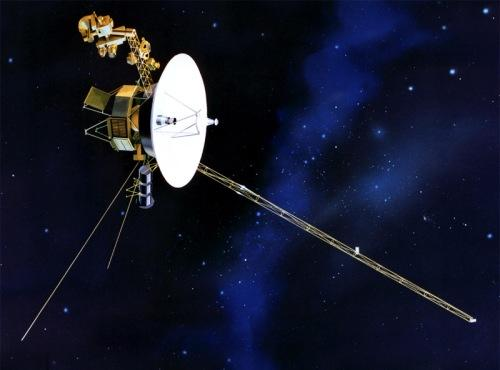 Representación artística de la Voyager 1