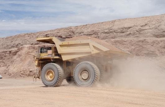 Camión minero autónomo